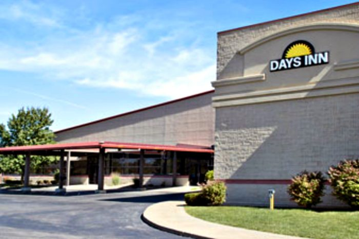 Days Inn  CLOSED