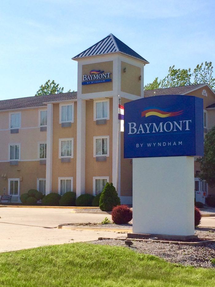 Baymont by Wyndham, formerly University Inn & Suites